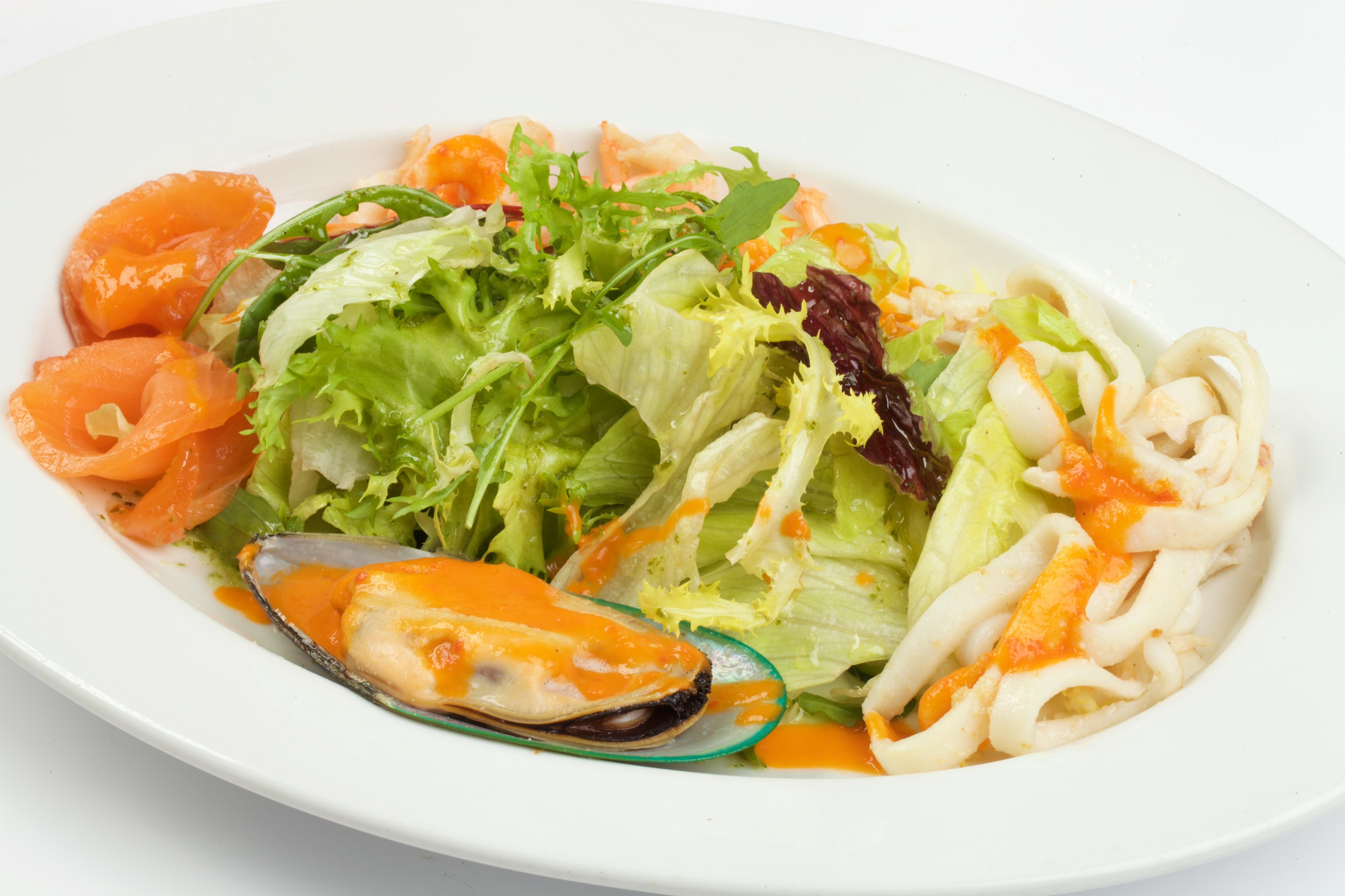 Вкусные салаты из морепродуктов с пошаговым фото